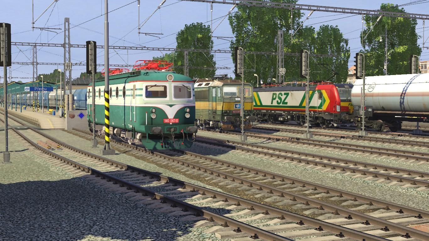 Three generations of electric locos