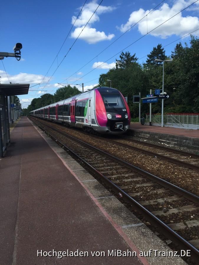 Am Bahnhof Méry-sur-Oise (In der Nähe Von Paris) - Trainz.de