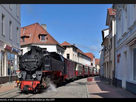 Bäderbahn Molli in der Mollistrasse Bad Doberan 2019