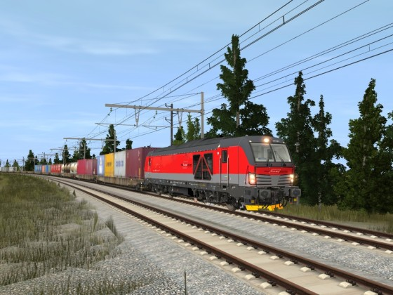 ÖBB 2247 Vectron mit Containerzug