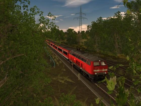 218 471-1 mit Modus-Wagen auf der Niddertalbahn
