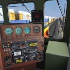 Auf dem Weg zum Güterzug, welcher von der BNSF 4434 angeführt wird